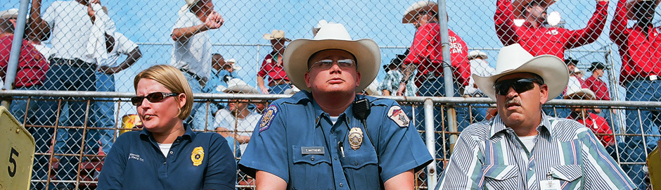 Sweethearts of the Prison Rodeo (2009/2010) - Covering Media