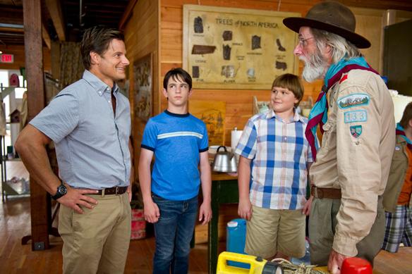 Steve zahn zachary gordon robert capron and frank c turner in diary