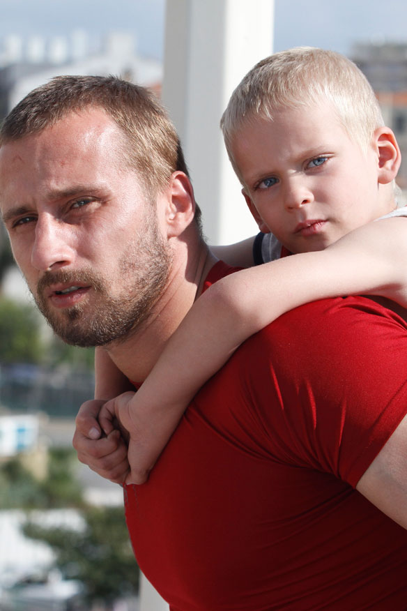 Rust and Bone (2012) - Covering Media